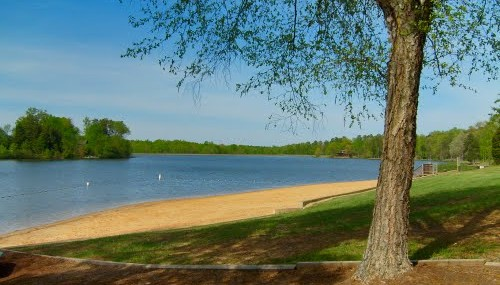Lake Land'Or Beach